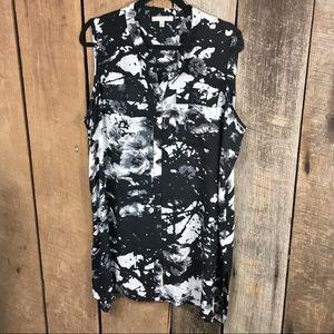 Tops - Spence black & white sleeveless tunic size 1X
